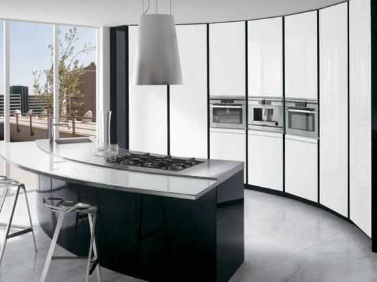 Black and white kitchen with curved island ElektraVetro White by Ernestomeda 1 ElektraVetro White by Ernestomeda   Black and White Kitchen with Curved Island