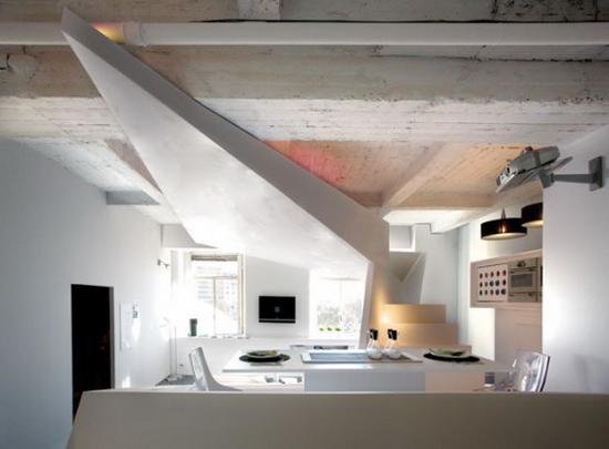 small-apartment-futuristic-interior-3-554x408
