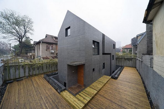 The Whole House Made of Concrete 1 Slit House | Minimalist House Design Framed by Concrete